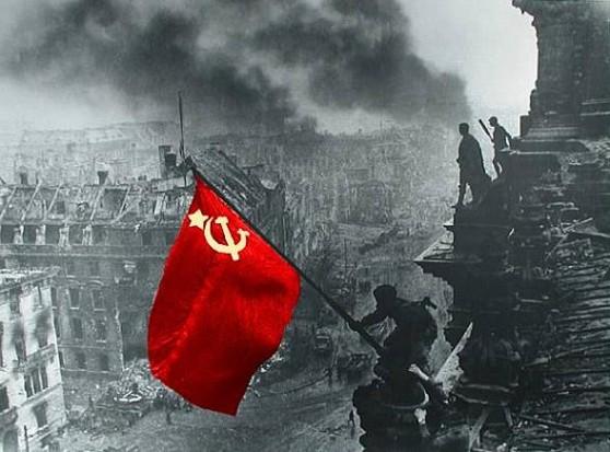 reihstag_krasnyij_flag.jpeg
